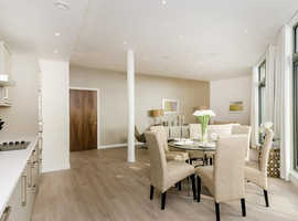 Luxury Penthouse Apartment In The Observatory Court, Friern Barnet, N11.
