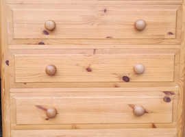 Solid Pine Chest of 6 Drawers