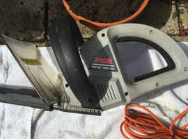 Electric edge trimmer