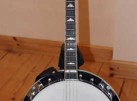 Gold Tone IT-250R short scale 17 fret tenor banjo with detachable resonator, nearly new condition
