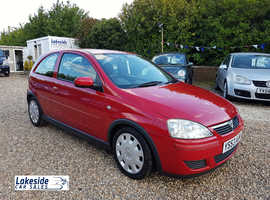 Vauxhall Corsa 1.0 Litre 3 Door Hatch, New MOT, Full History, Cheap Insurance, Ideal Starter Car.