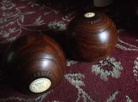 Old Lignum vitae Bowls