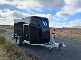 Debon Cargo 1300 Box Van Trailer