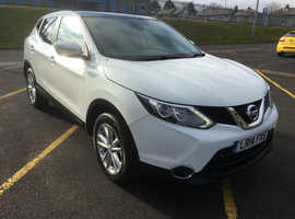 Nissan Qashqai, 2014 (14) White Hatchback, Manual Diesel, 126,000 miles