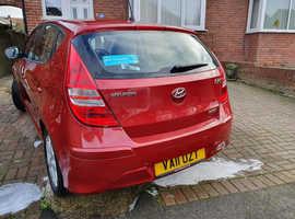 Hyundai i30, 2011 (11) Red Hatchback, Manual Diesel, 46,300 miles