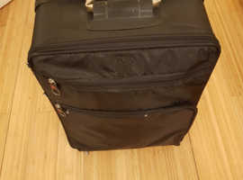 Suitcase, medium size