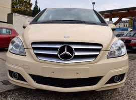 Mercedes 180, 2010 (Q) cream Hatchback, Automatic Petrol, 166465 miles