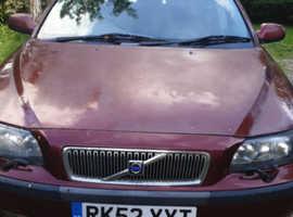 Volvo 70 SERIES, 2002 (52) Red Estate, Manual Diesel, 196,039 miles