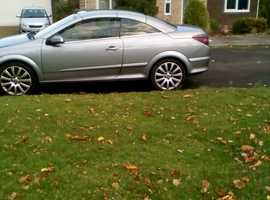 Vauxhall Astra, 2009 (09) Silver Convertible, Manual Petrol, 68,000 miles