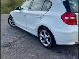 BMW 1 series, 2009 (09) White Hatchback, Manual Diesel, 148,000 miles