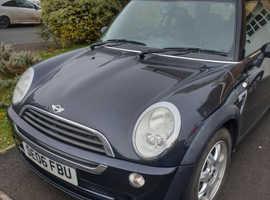 Mini MINI, 2006 (06) Black Hatchback, Auto, Cvt Petrol, 103,000 miles