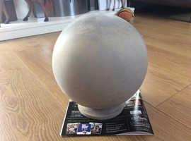 Concrete garden 9ins round ball