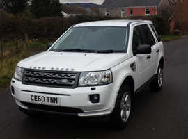 Land Rover Freelander, 2010 (60) White Estate, Manual Diesel, 77,000 miles