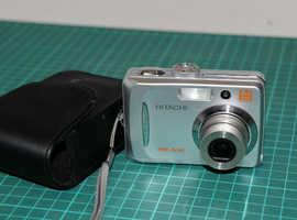 Hitachi HDC-651E Digital Camera 6 megapixel (£10)