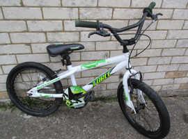 Boys Apollo BMX Bike