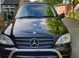 Mercedes Ml430, 2001 (Y) black 4x4, Manual LPG, 145 miles