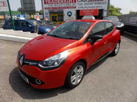 Renault Clio, 2015 (15) Red Hatchback, Manual Petrol, 12,570 miles