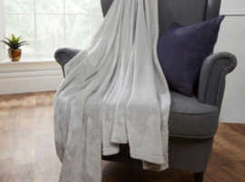 Brentford Super Soft Throw
