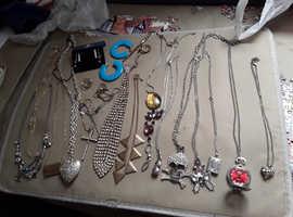 Mixed jewellery