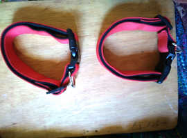 Two wide red clip collars
