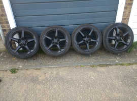 Alloys and good low profile tyres.