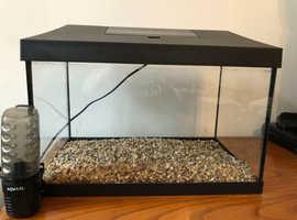 AQUAEL FISH TANK 25l