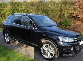 Volkswagen Touareg, 2012 (12) Black Estate, Automatic Diesel, 40,000 miles