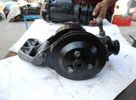 Steering pump Jaguar Xjs