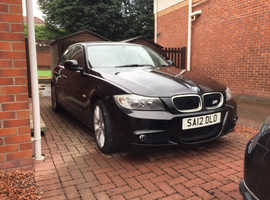 BMW 3 Series, 2012 (12) Black Saloon, Manual Petrol, 30,500 miles
