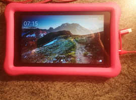 Kids pink amazon fire tablet