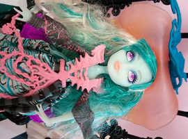 Monster High Doll #38C Vandala Doubloons