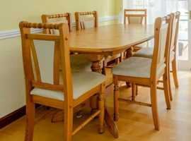 USED but Good Condition Quality dining table & chairs