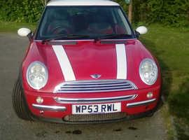 Mini Cooper 2004.