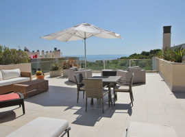 PENTHOUSE WITH PRIVATE ROOFTOP IN SOL DE MALLORCA 795,000¬