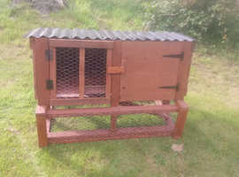 Multi purpose hutch
