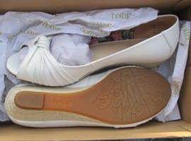 Hotter / Womens / Ladies Shoes Various Styles  New / Nearly New Size UK 4.5