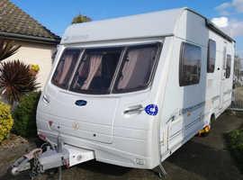 LUNAR ULTIMA 525 2006 5 Berth Caravan
