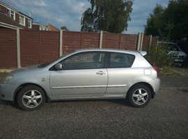 Toyota Corolla, 2002 (02) Silver Hatchback, Manual Petrol, 88,943 miles - BRAND NEW MOT