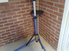 Folding Cycle Repair Stand