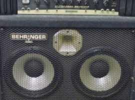 Behringer 4210a Bass Amp