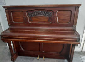 DANEMANN Piano.