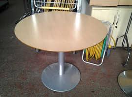 Round Table 90 cm Diameter, 73 cm High