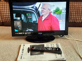 Logik 19 inch LED TV DVD Combi with Freeview
