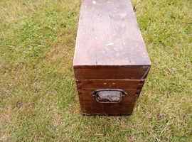 Wooden storage box £5.00