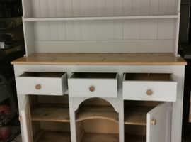 Distinctive restored early 20th Century Dresser