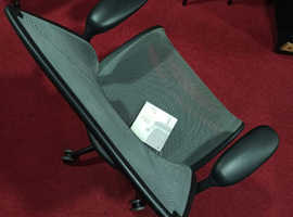 Humanscale diffrient World Ergonomic Office chairs
