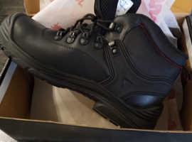 Brand new hiker boots