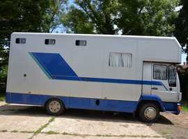 2000 REALLY TIDY TRISTAR 3 HORSE MANN TURBO HORSEBOX WITH COMFORTABLE DAY LIVING