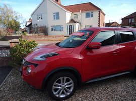 Nissan Juke, 2015 (15) red hatchback, Manual Petrol, 22,530 miles