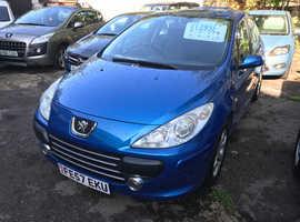 Peugeot 307, 2007 (57) Blue Hatchback, Manual Petrol, 98,000 miles
